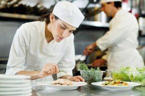 cơ hội làm phụ bếp