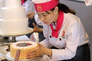 Nhu cầu tuyển nhân viên học việc làm bánh