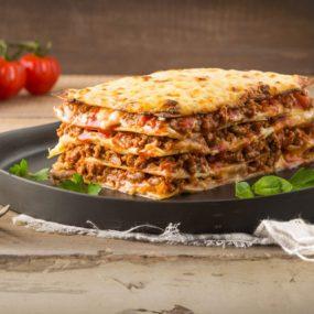 Lasagna Là Gì? Sự Thật Thú Vị Về Món Ăn Trứ Danh Nước Ý Này