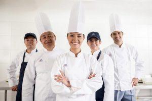 cơ hội việc làm phụ bếp