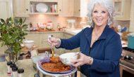 """Paula Deen Là Ai? Hành Trình Đi Đến Thành Công Của """"Nữ Hoàng Bếp Núc"""""""